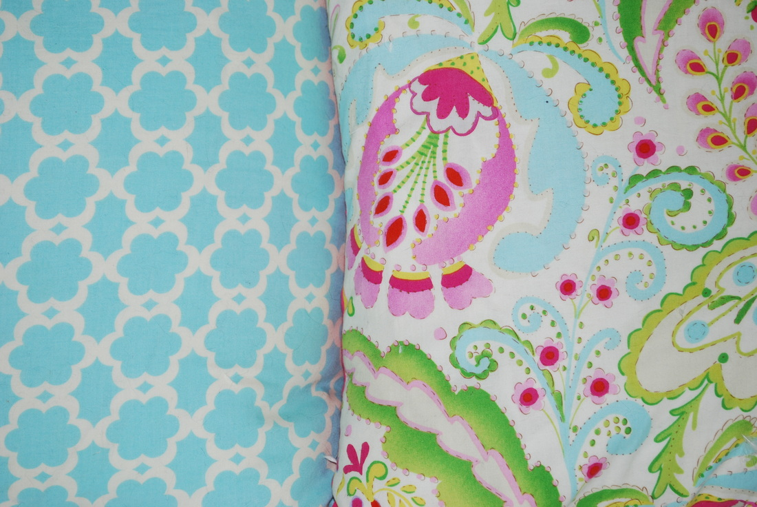 Frugal in Fairfield DIY: Zippered Pillow Cases