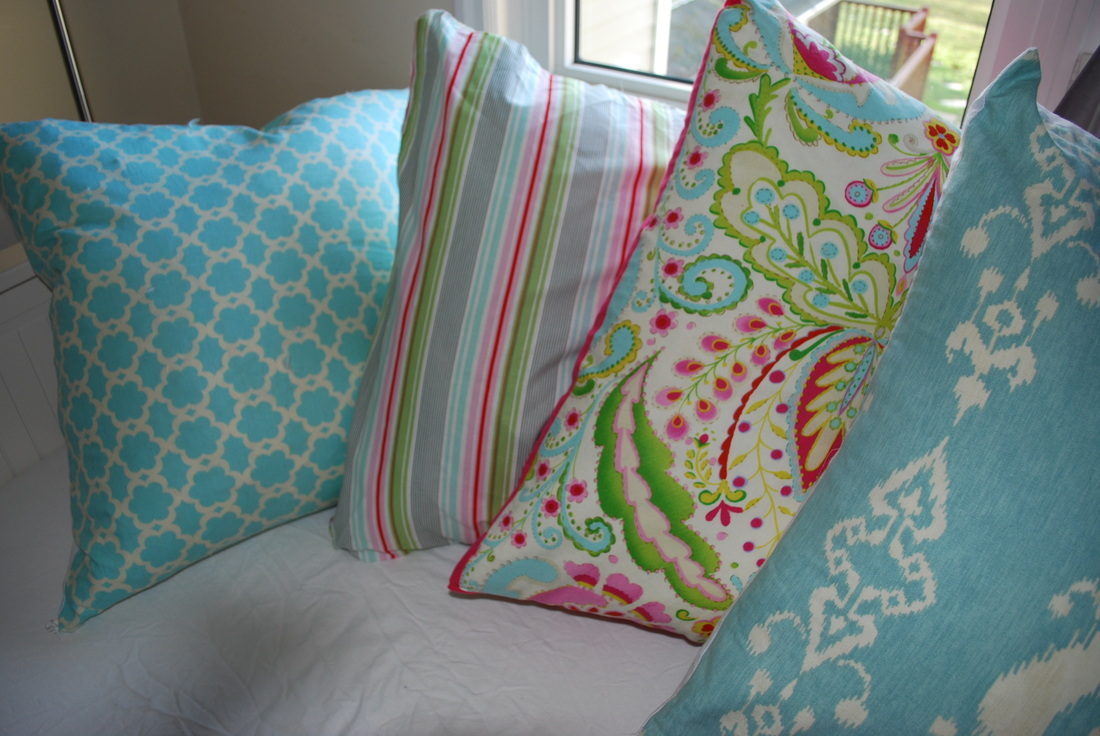 Frugal in Fairfield DIY: Zippered Pillow Case